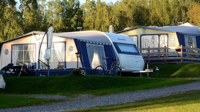 Les campings municipaux Le Martinet** et Le Marais**