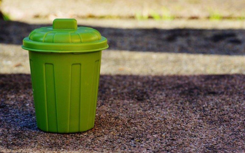 Sacs poubelles en mairie
